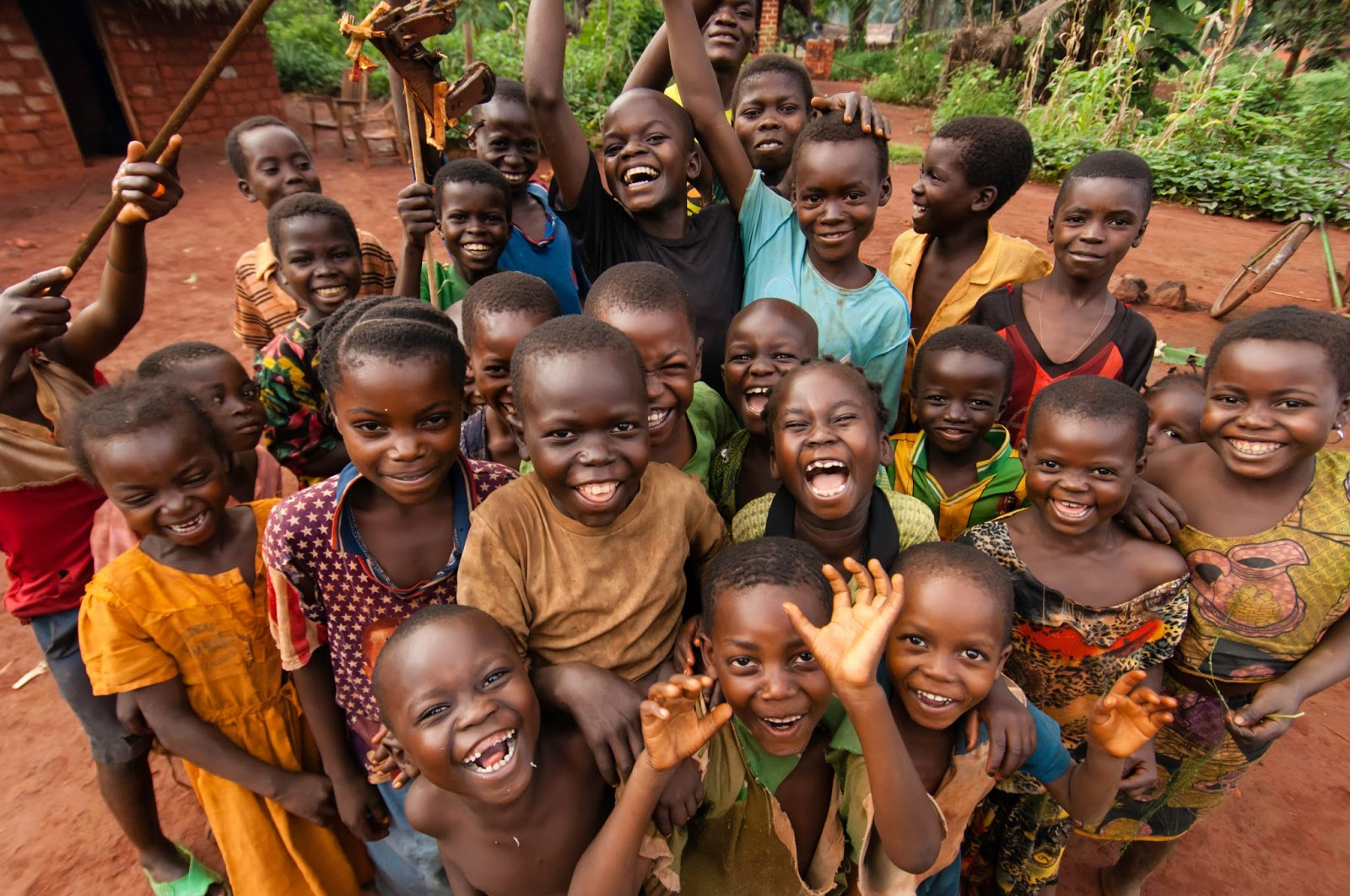 http://africa-facts.org/wp-content/uploads/2015/01/african-kids.jpg